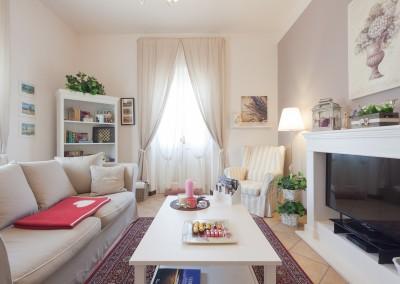 Soggiorno Dimora Primo Piano Nina Guest House